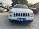 抵押车出售16年Jeep自由光轿车
