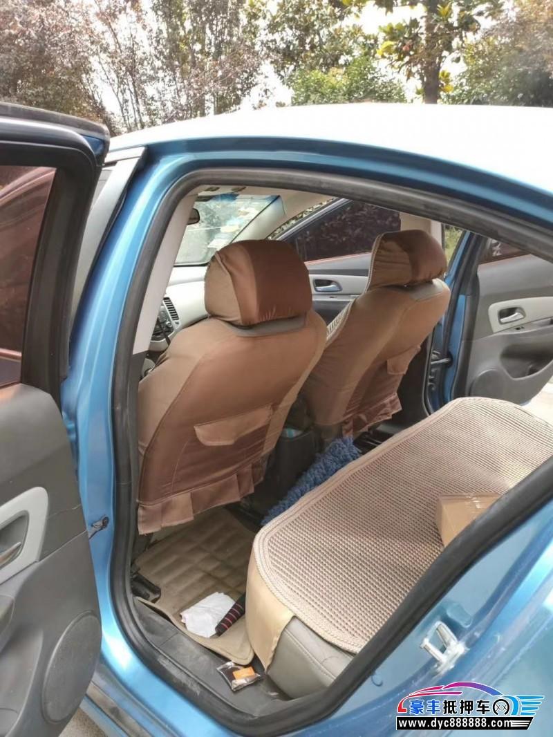 11年雪佛兰科鲁兹轿车抵押车出售