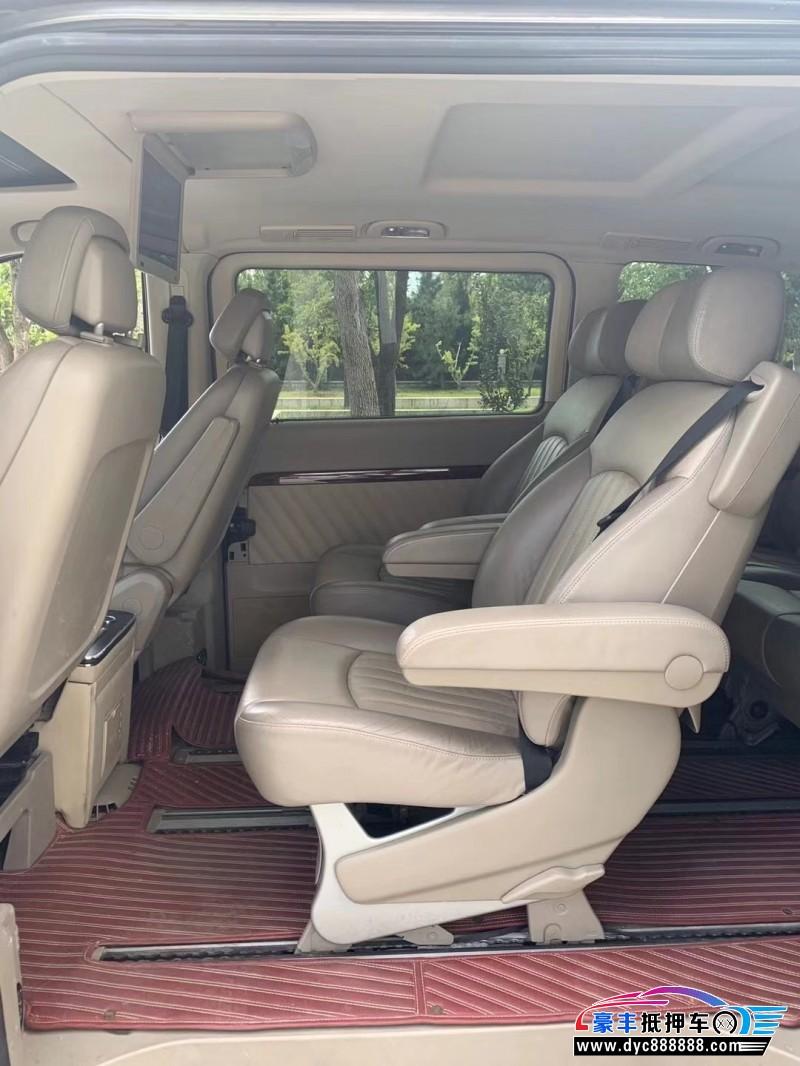 13年奔驰唯雅诺MPV抵押车出售