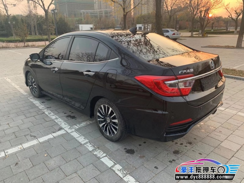 抵押车出售15年本田凌派轿车