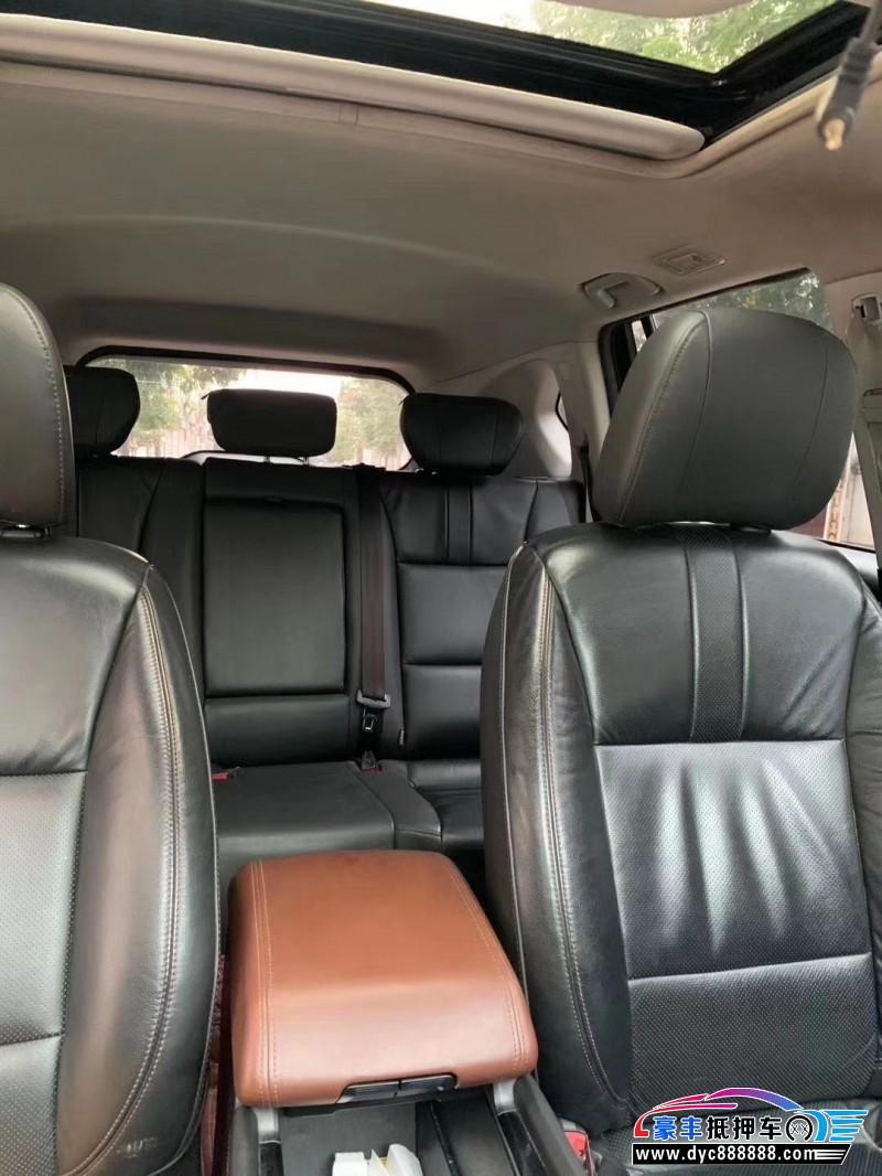 抵押车出售18年广汽传祺GS7轿车