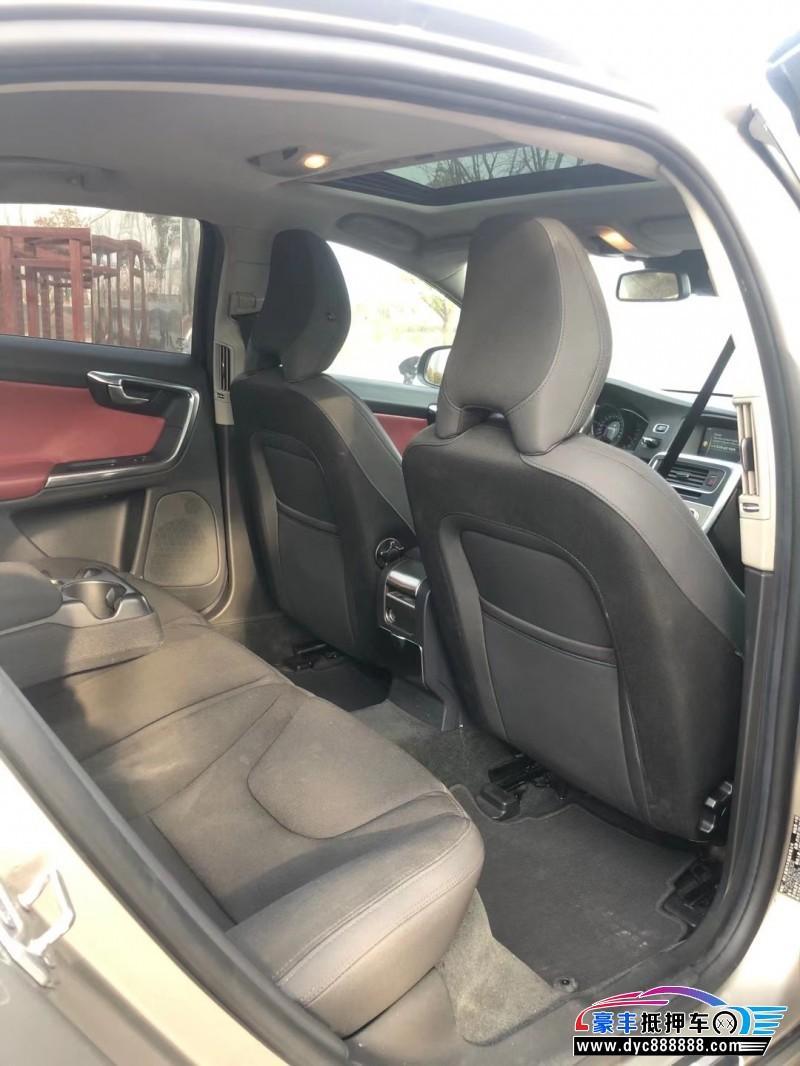 抵押车出售14年沃尔沃S60L轿车