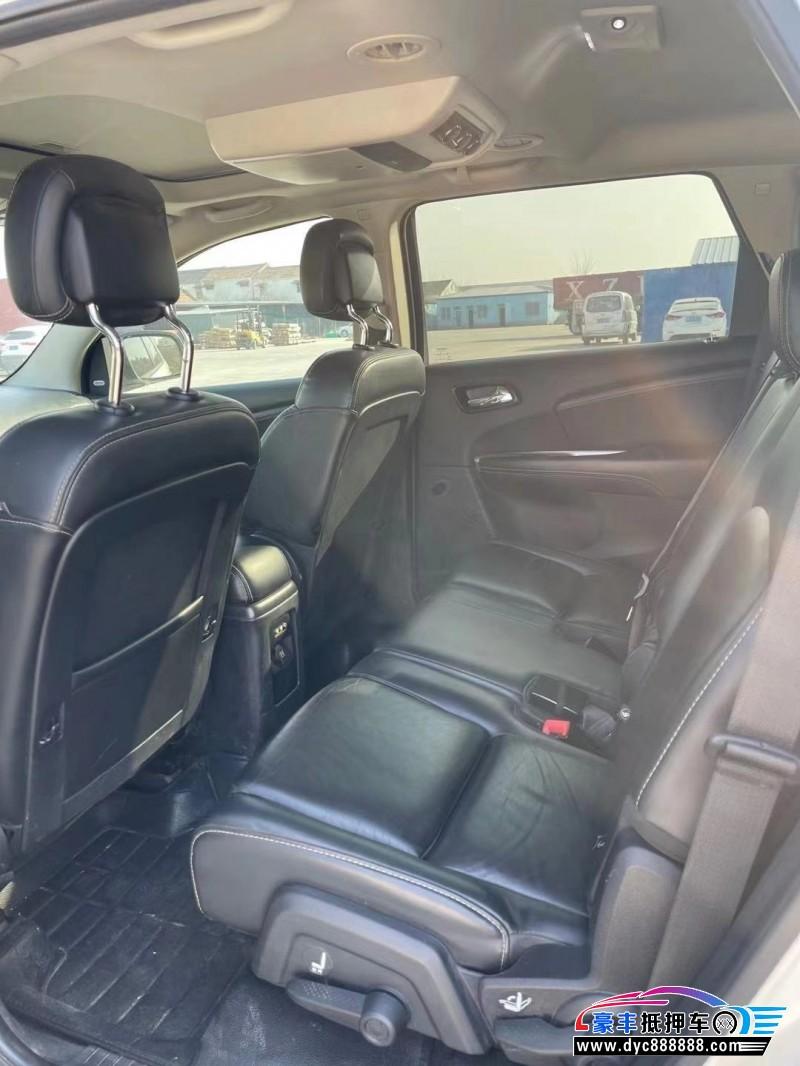 抵押车出售14年道奇酷威SUV