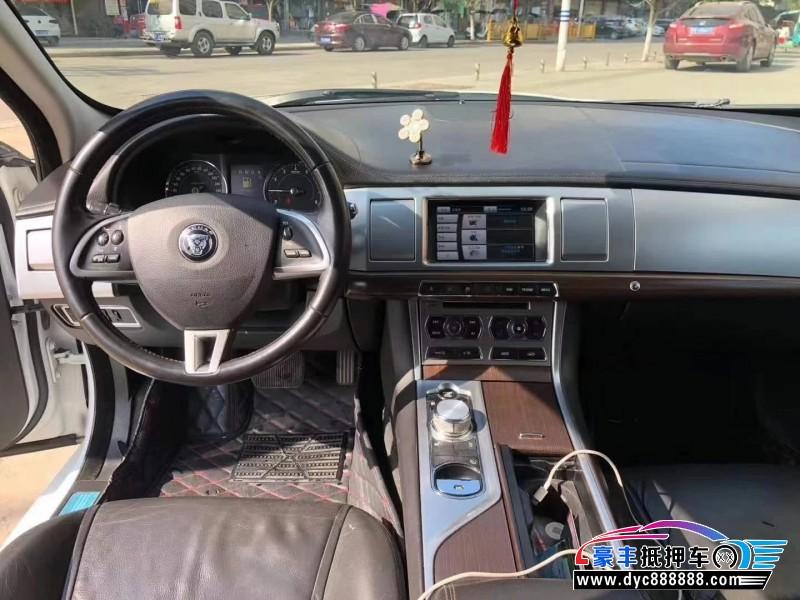抵押车出售15年捷豹XF轿车