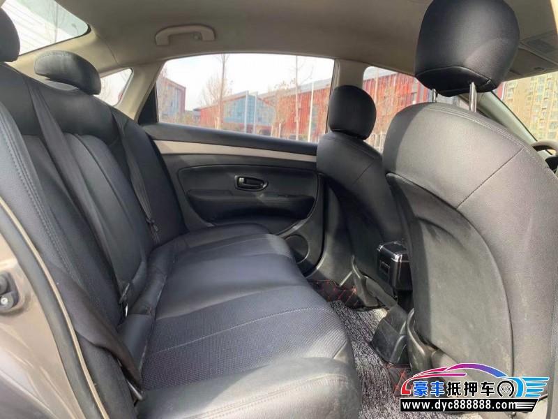 16年日产轩逸轿车抵押车出售