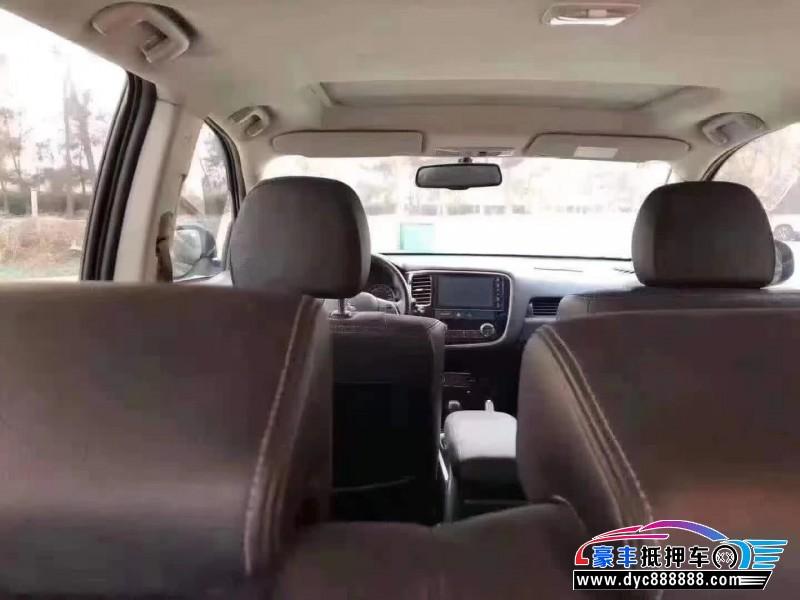 18年三菱欧蓝德SUV抵押车出售