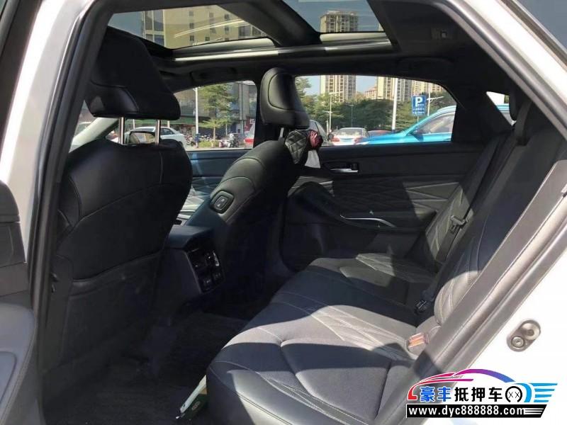 抵押车出售19年丰田亚洲龙轿车