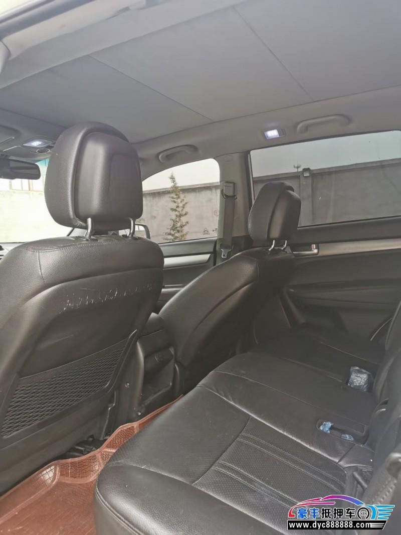 14年起亚索兰托SUV抵押车出售