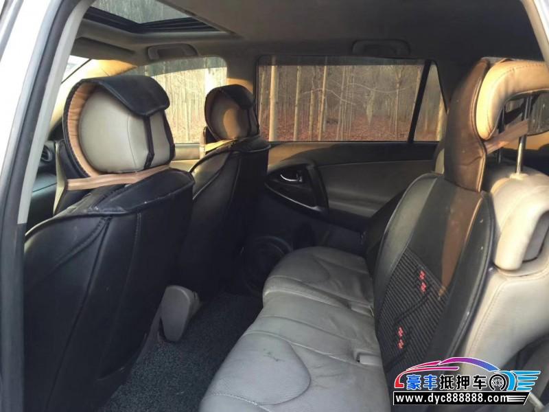 抵押车出售12年丰田RAV4SUV
