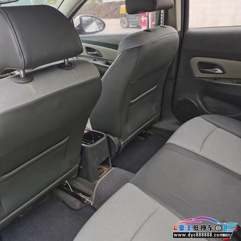 抵押车出售14年雪佛兰科鲁兹轿车