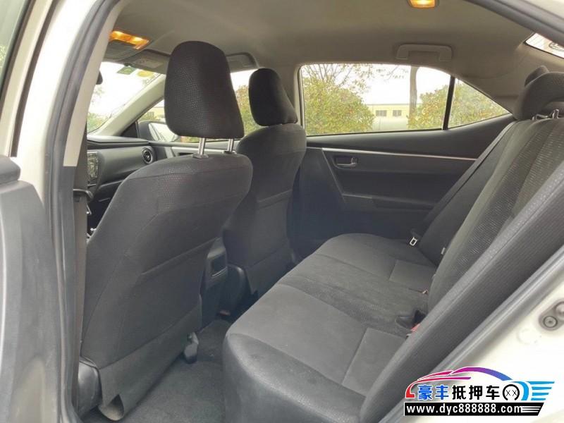 抵押车出售17年丰田卡罗拉轿车