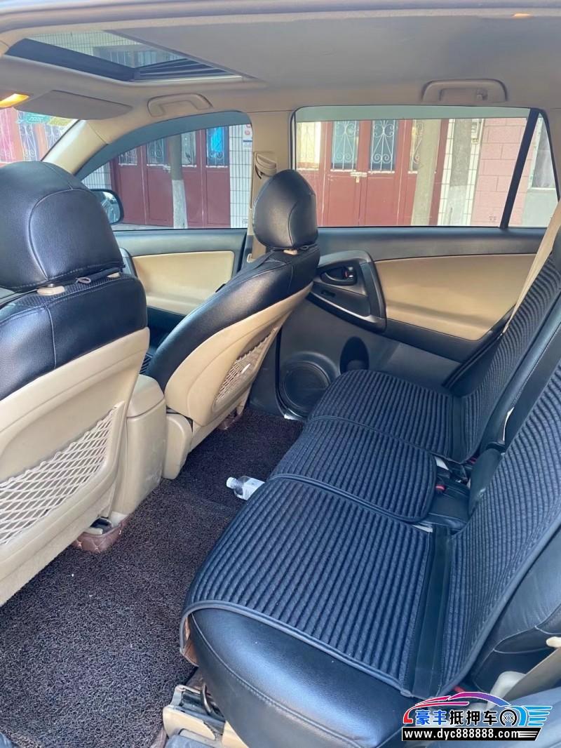 抵押车出售11年丰田RAV4SUV