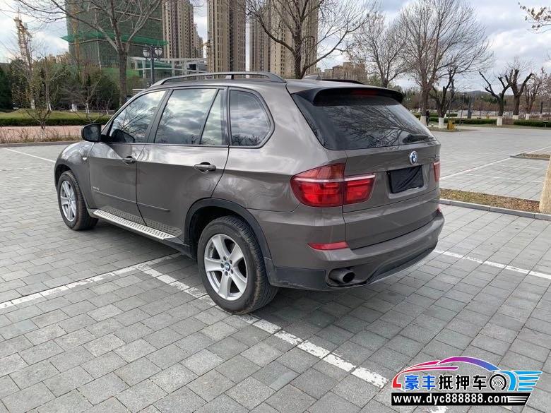 抵押车出售13年宝马X5SUV