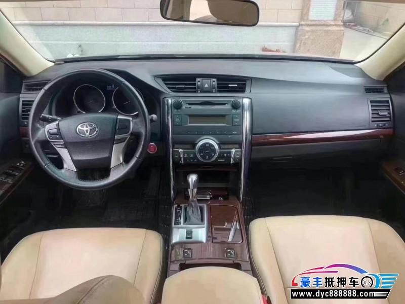 17年丰田锐志轿车抵押车出售