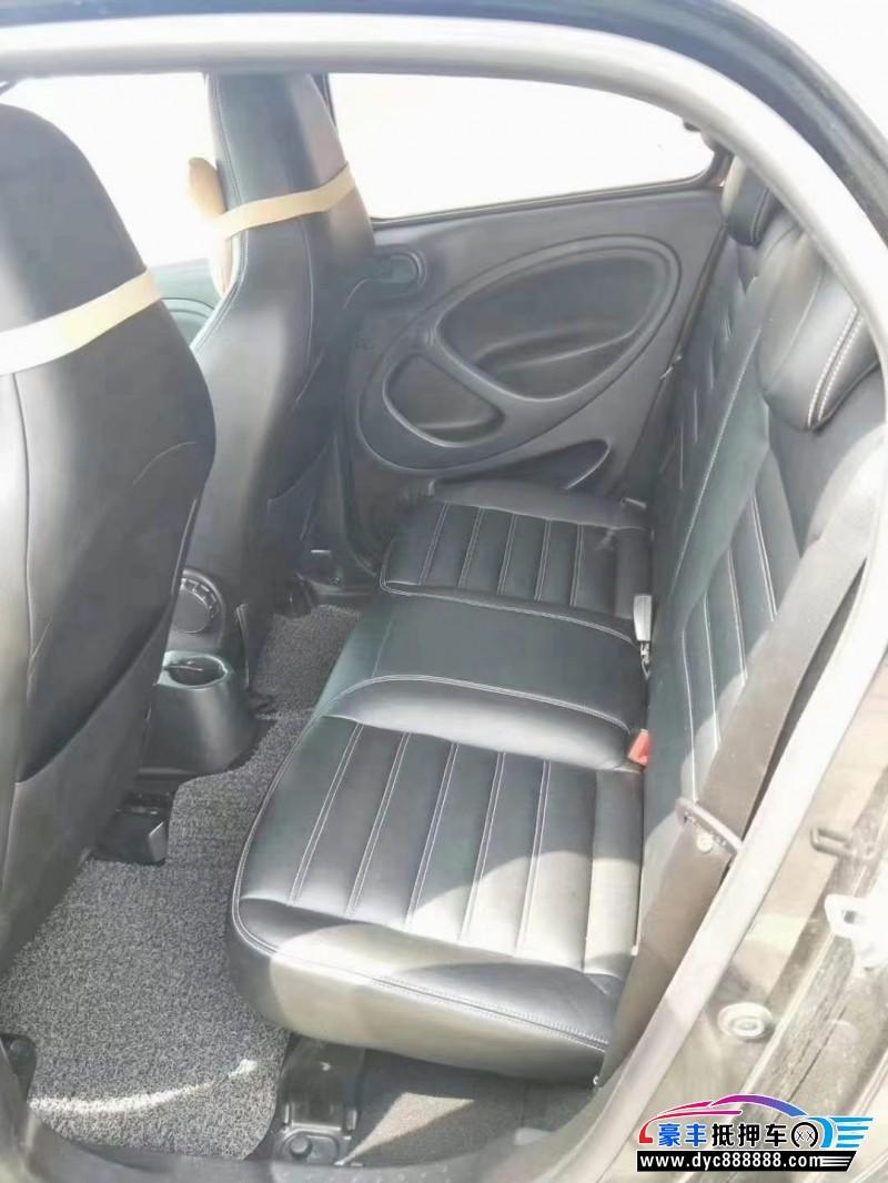 16年奔驰smartSUV抵押车出售