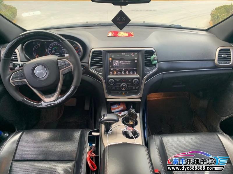 抵押车出售14年Jeep切诺基轿车