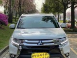 抵押车出售16年三菱欧蓝德SUV