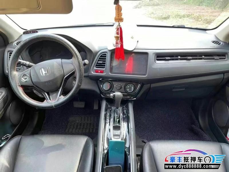 抵押车出售17年本田缤智SUV