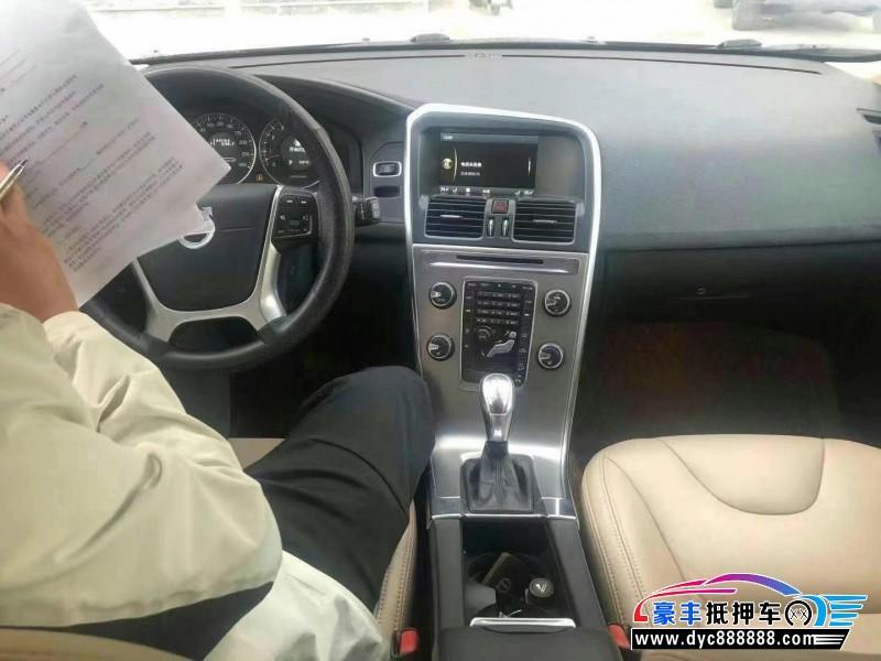 12年沃尔沃XC60轿车抵押车出售