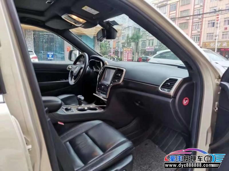 14年Jeep大切诺基SUV抵押车出售