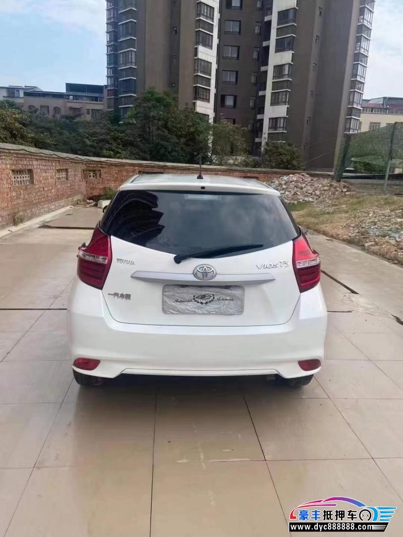 抵押车出售18年丰田威驰MPV