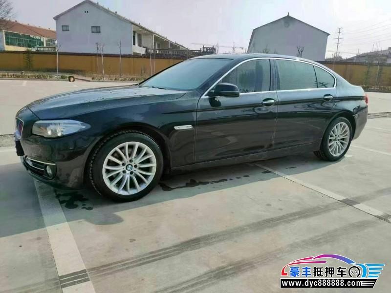 抵押车出售14年宝马5系轿车