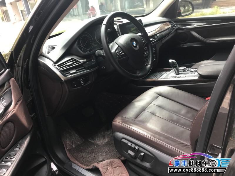 抵押车出售15年宝马X5轿车
