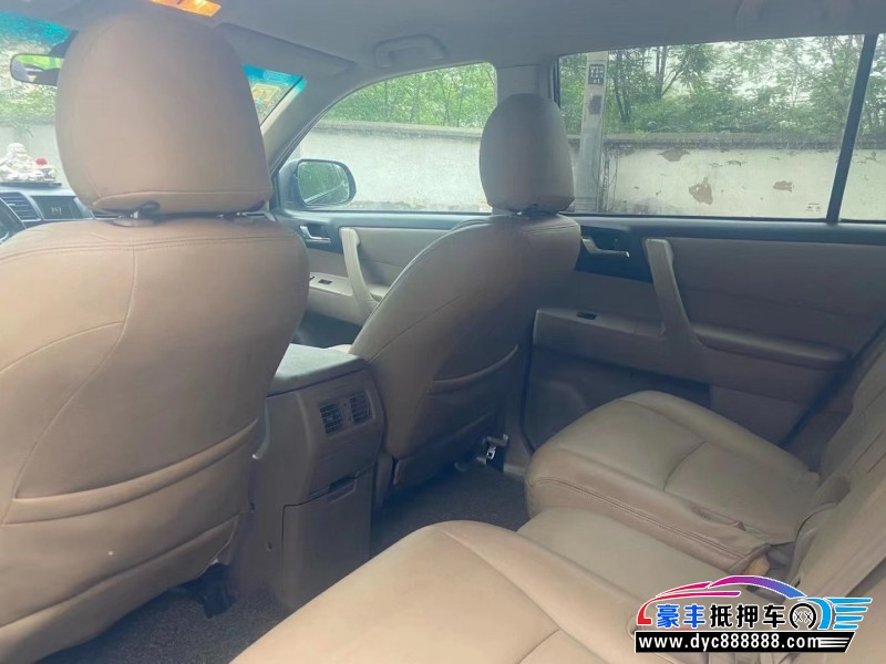 抵押车出售09年丰田汉兰达SUV