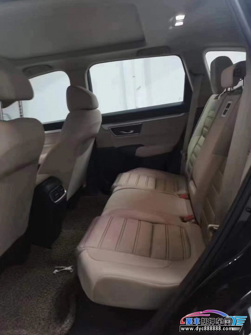 抵押车出售21年本田CR-V轿车