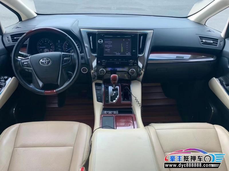 抵押车出售18年丰田埃尔法MPV