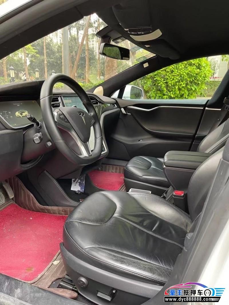 抵押车出售15年特斯拉MODEL S轿车