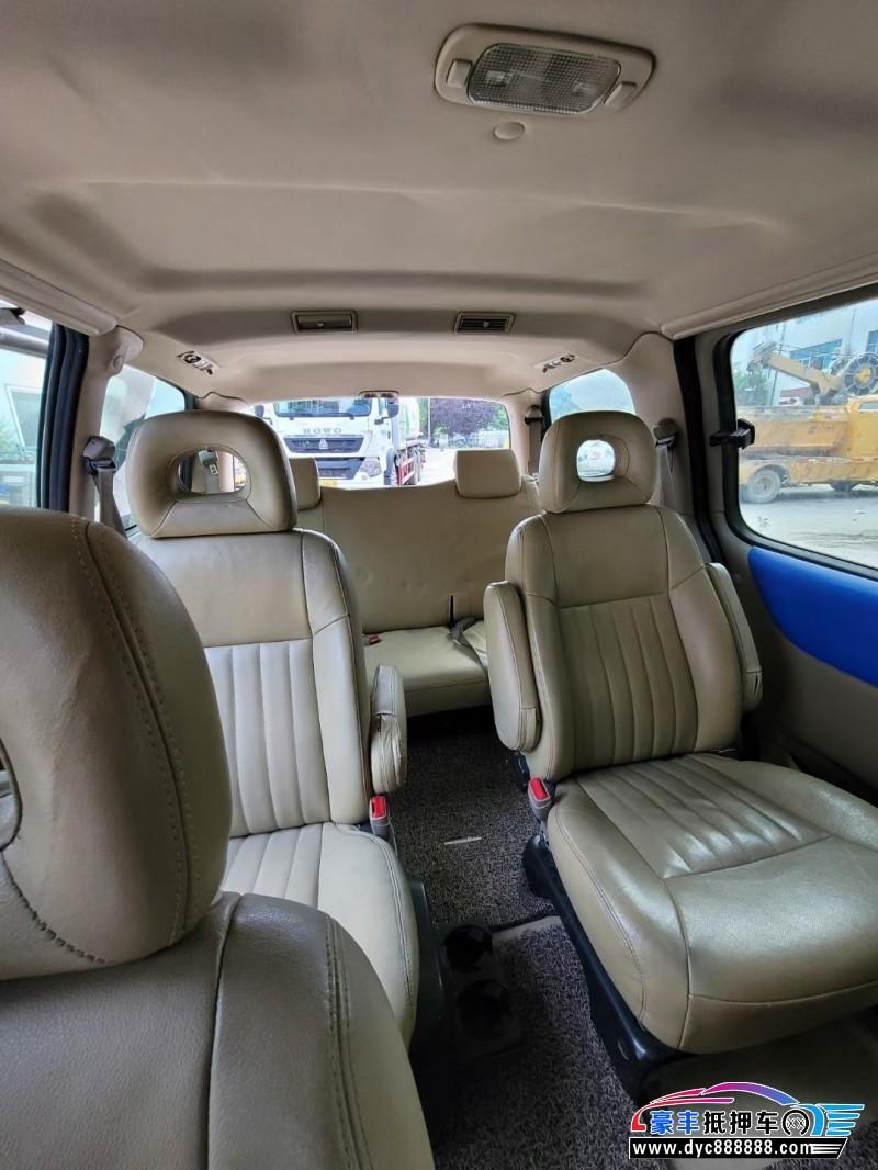 09年别克GL8轿车抵押车出售
