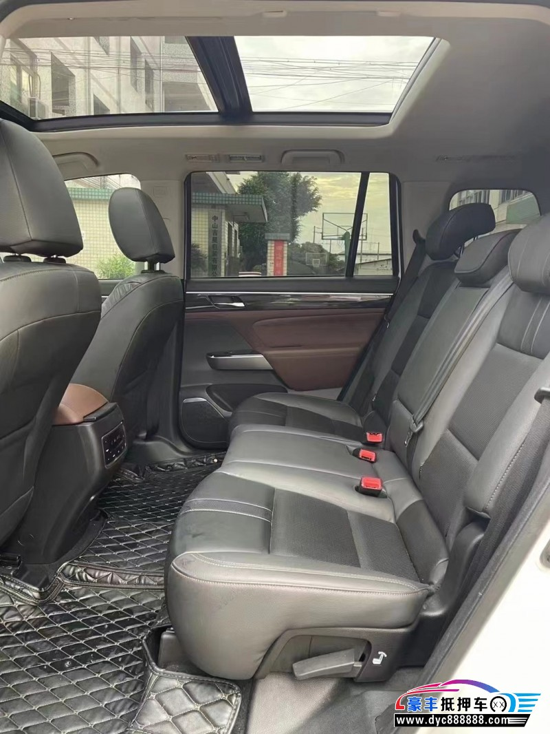 抵押车出售18年传祺GS8SUV