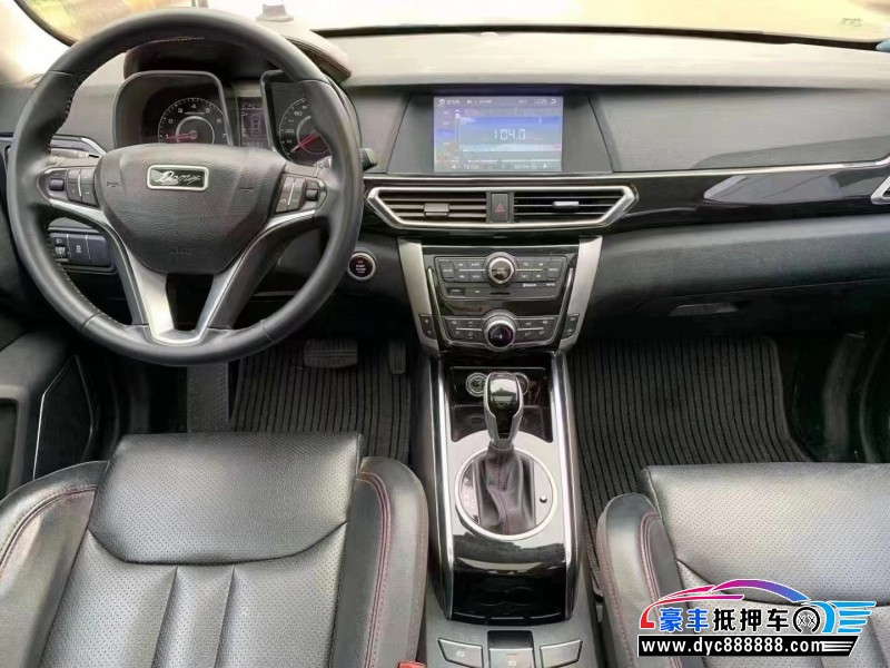 18年众泰大迈X5SUV抵押车出售