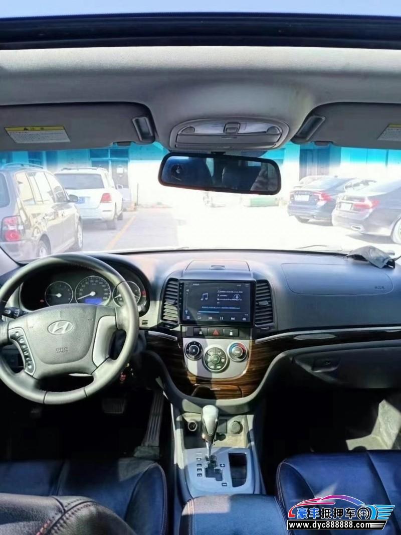 12年现代新胜达SUV抵押车出售
