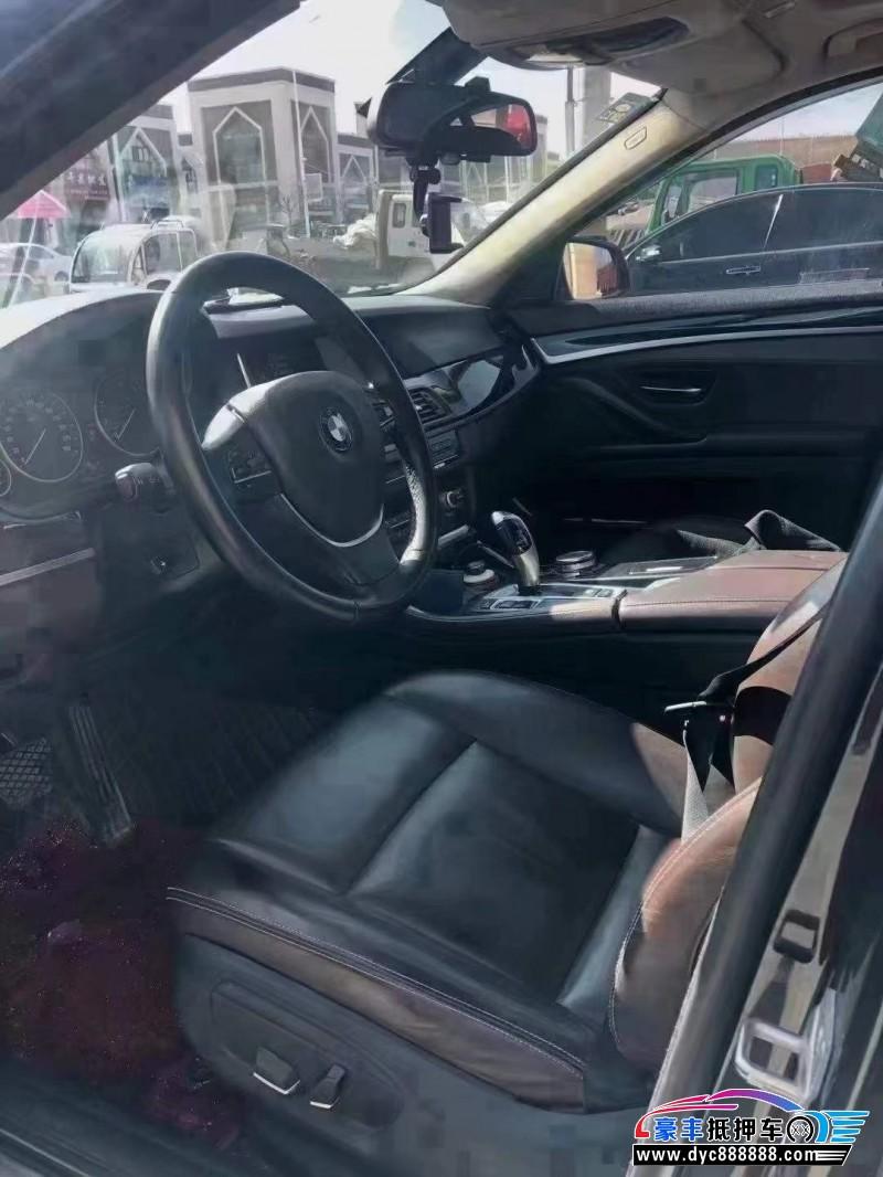 抵押车出售16年宝马5系轿车