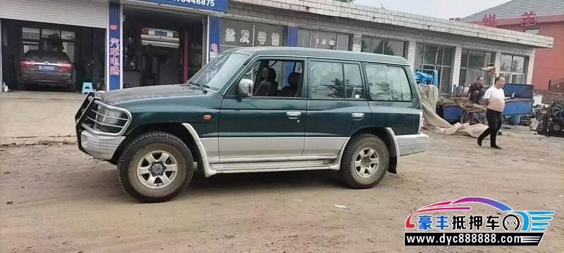 抵押车出售15年猎豹汽车黑金刚轿车