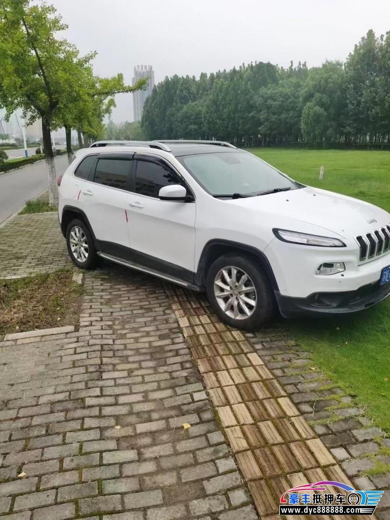 抵押车出售14年Jeep自由光SUV