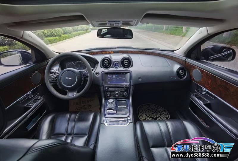 11年捷豹XJ轿车抵押车出售