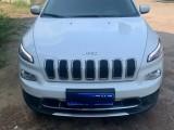 抵押车出售17年Jeep自由光SUV