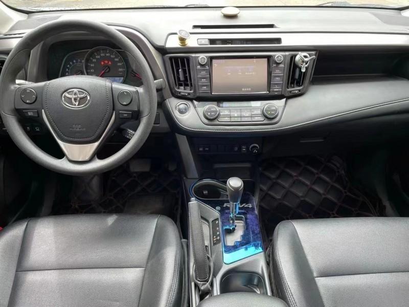抵押车出售17年丰田RAV4SUV
