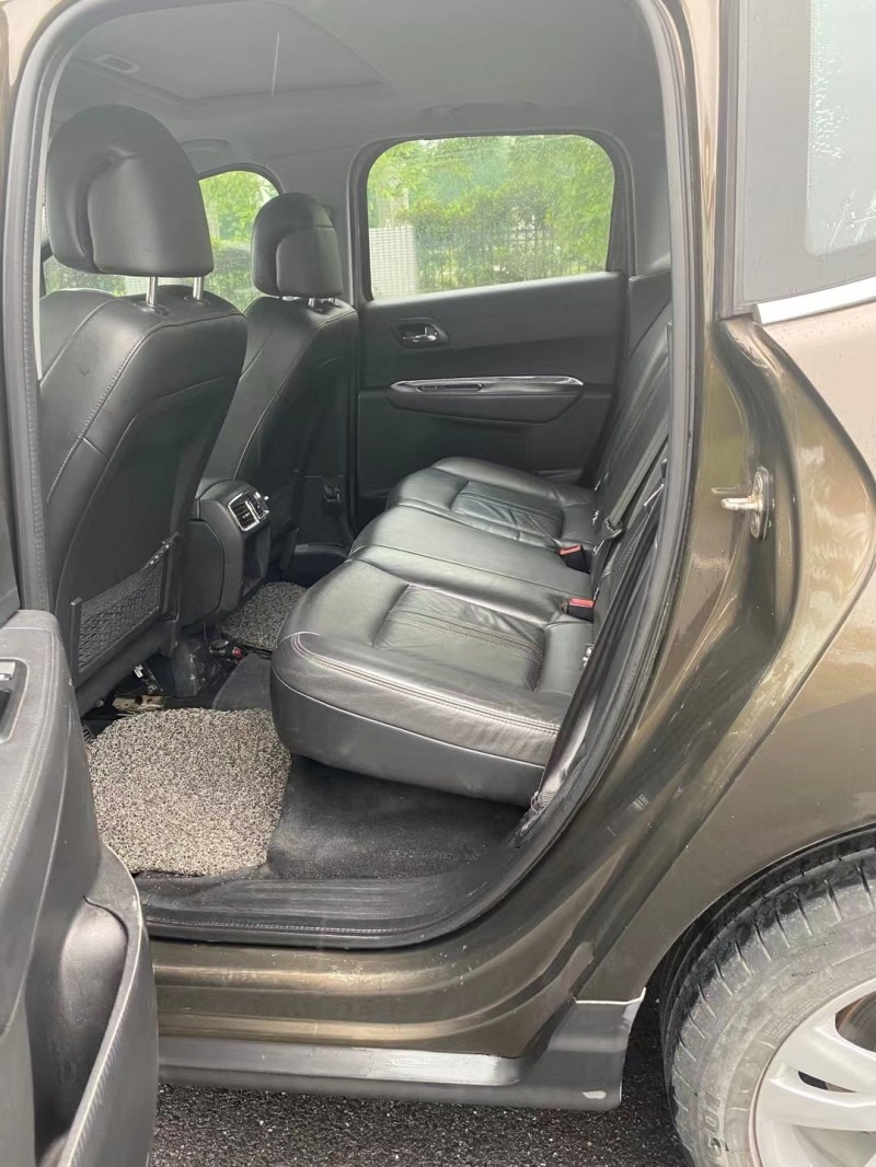 抵押车出售14年标致3008SUV