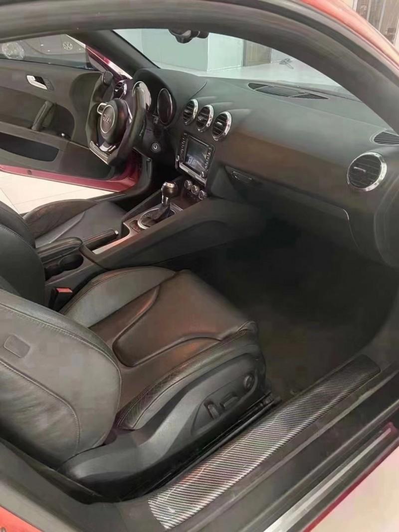 抵押车出售14年奥迪TT轿车