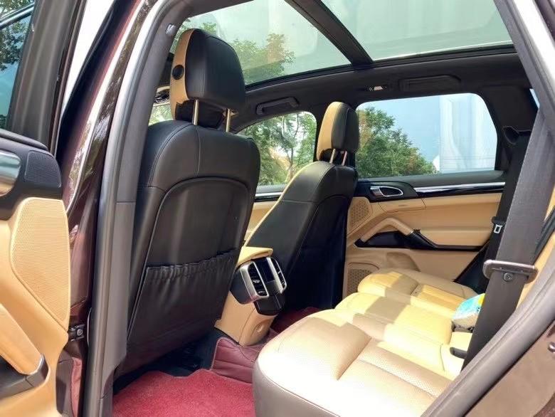 抵押车出售15年保时捷卡宴SUV