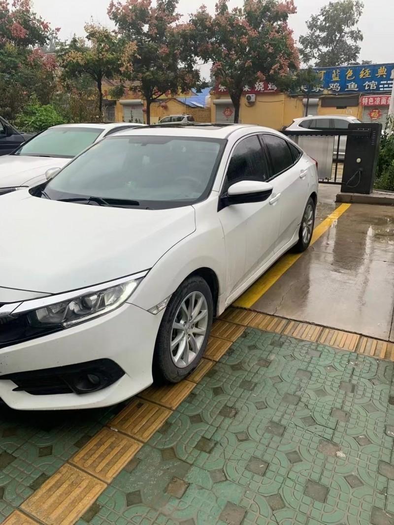17年本田思域轿车抵押车出售