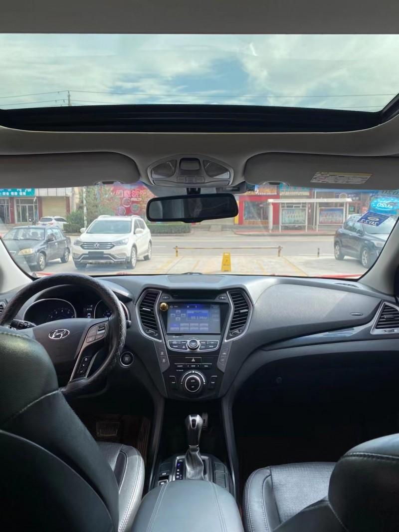 14年现代新胜达SUV抵押车出售