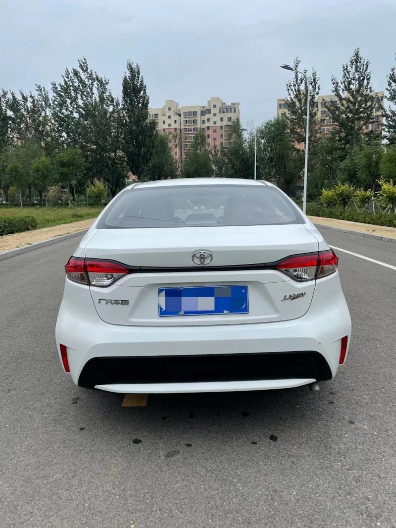 21年丰田雷凌轿车抵押车出售